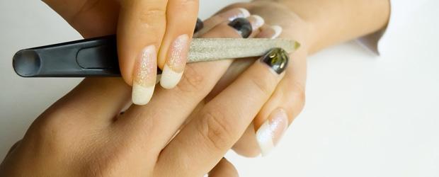 Manikúra gelové nehty