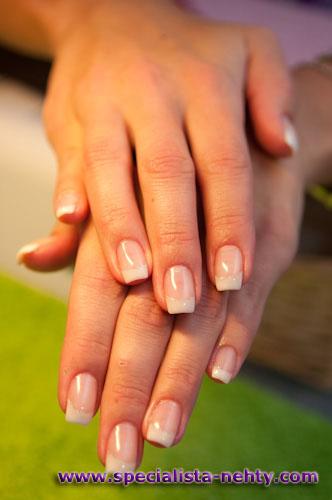 Fotogalerie gelové nehty