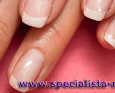 Francouzská manikúra na gelové nehty